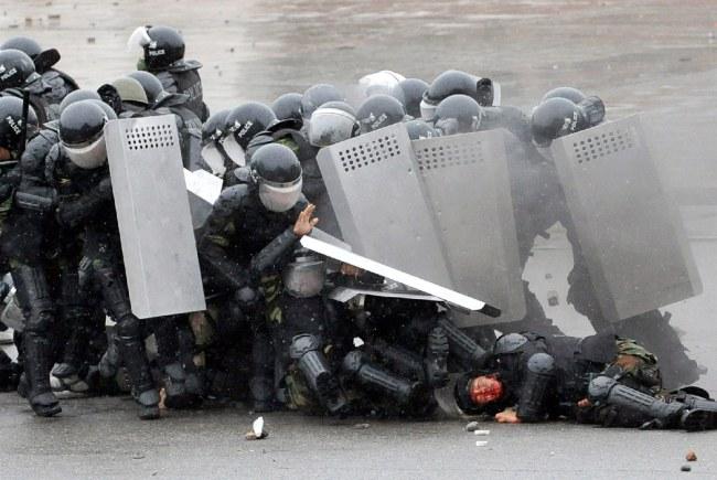 revueltas en Bishkek, 2010