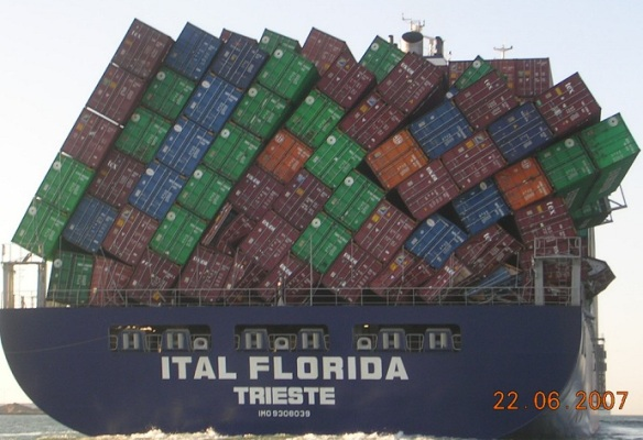 container-ship-stack1