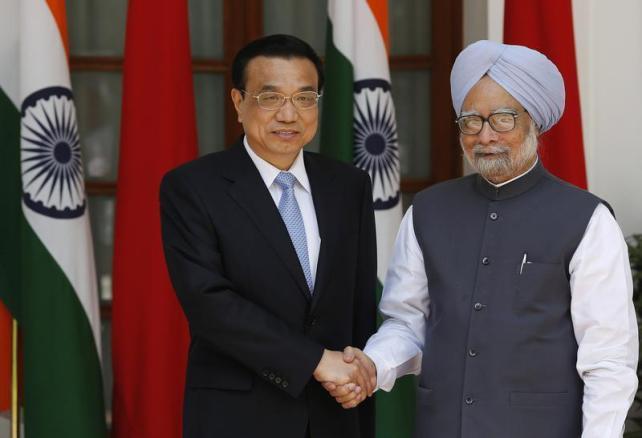"""China ofrece a India un """"apretón de manos a través del Himalaya"""""""