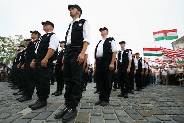 Hungría y su glorioso renacimiento Hungary_parade
