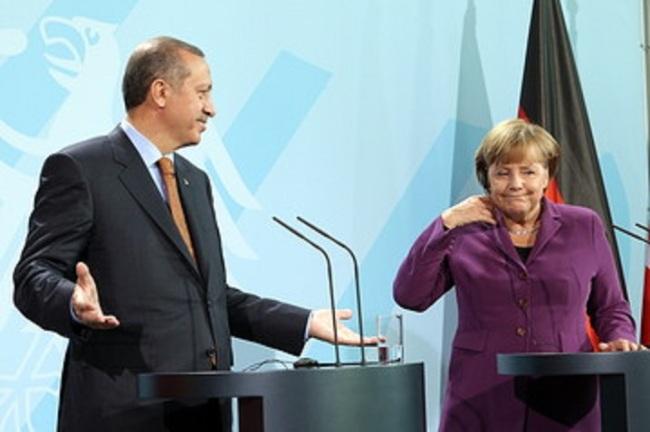 Erdogan_Merkel_E_20120829094642