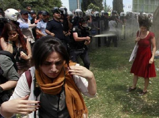 Gezi_Park_gases