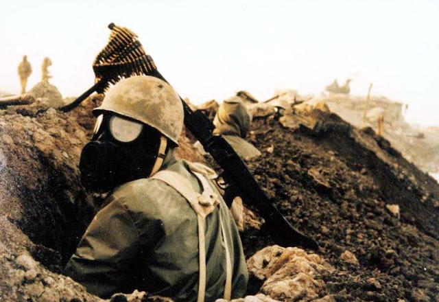 iran_iraq_war_chemical_mask_soldier1